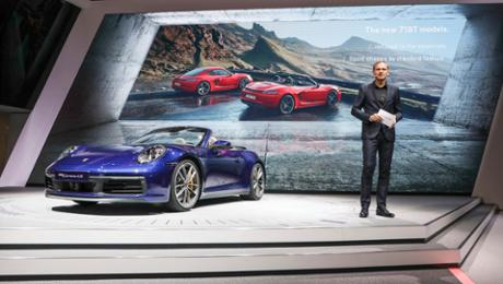 Porsche in Geneva: Bestseller, icon, pushing machine