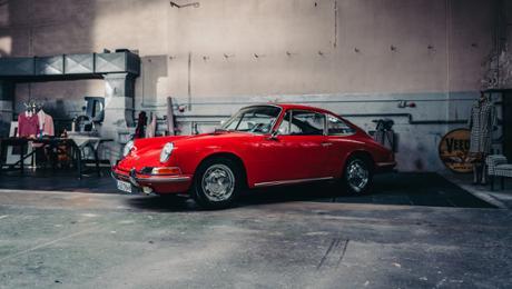 The many famous Porsche chair designs