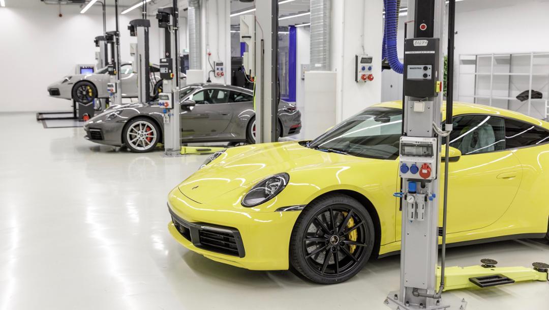 Porsche 911, prolongation workshop, 2019, Porsche AG