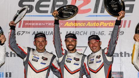 Super in Sebring: Porsche wins a twelve-hour race