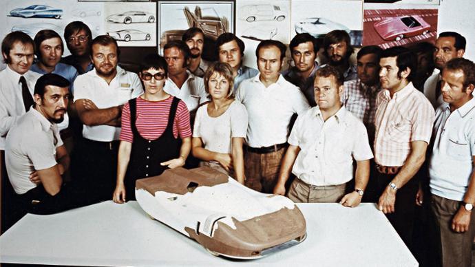 Porsche pattern team, Porsche AG