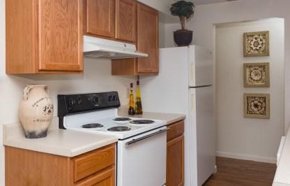 Ridgedale Townhomes Kitchen