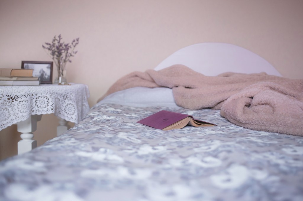 Rest is a natural remedy for cold and the flu