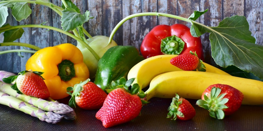 fresh fruits and vegetables are natural remedies for cold and flu