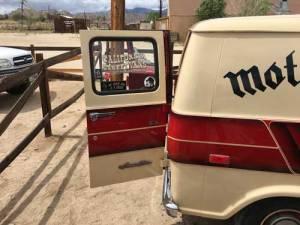 California-Street-Vans