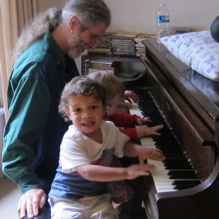 Gareth-Dylan-and-Nicholas-on-keyboard-3899