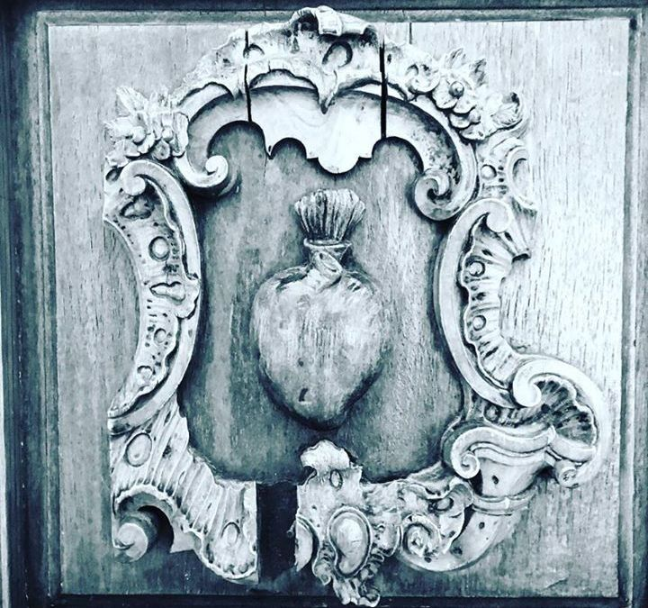 Le Sacré Coeur on a cathedral door in Seville. Photo by Andrea 'Flamenco'!