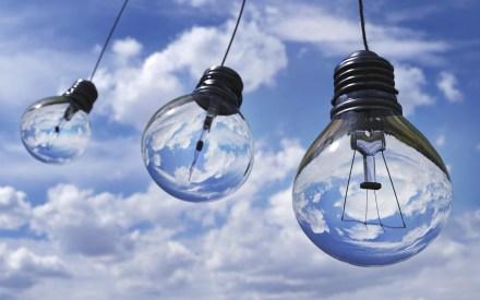 3 lightbulbs on a blue sky background