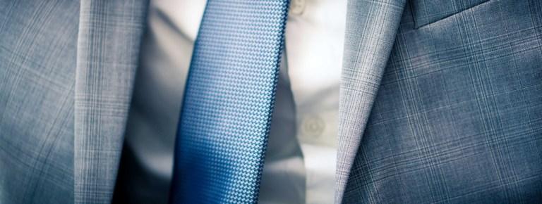 Anzug mit Muster