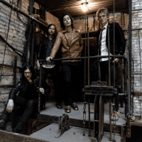 THE RACONTEURS Shares 'Sunday Driver' & 'Now That You're Gone' Video Singles