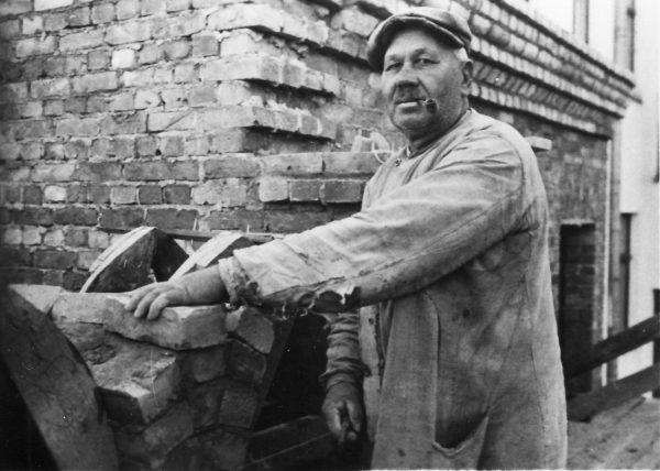 r-1-kapellas-celtnieciba-1928-j