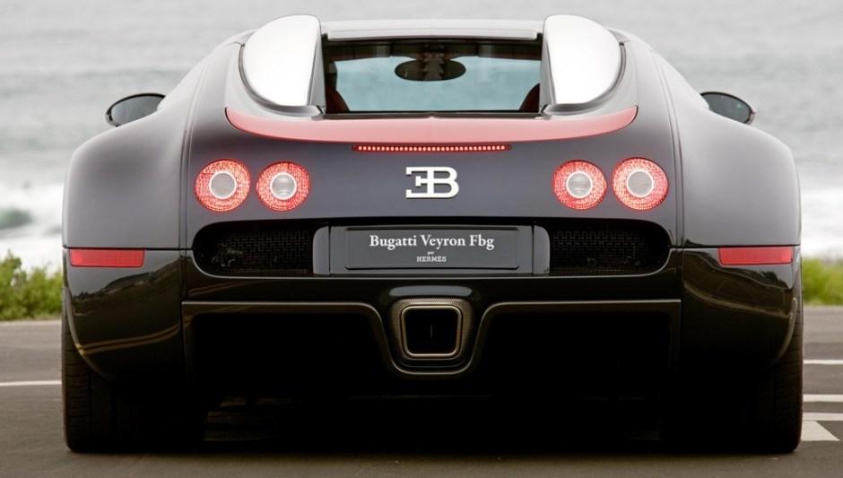 Bugatti Veyron bug exhaust serious