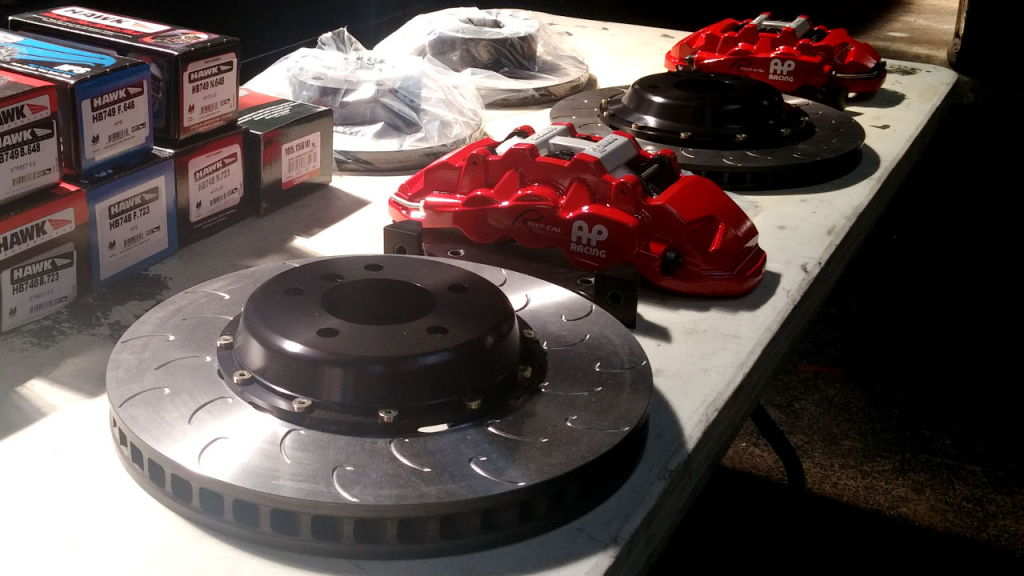 stillen-apracing-radical-brake-kit-unboxing