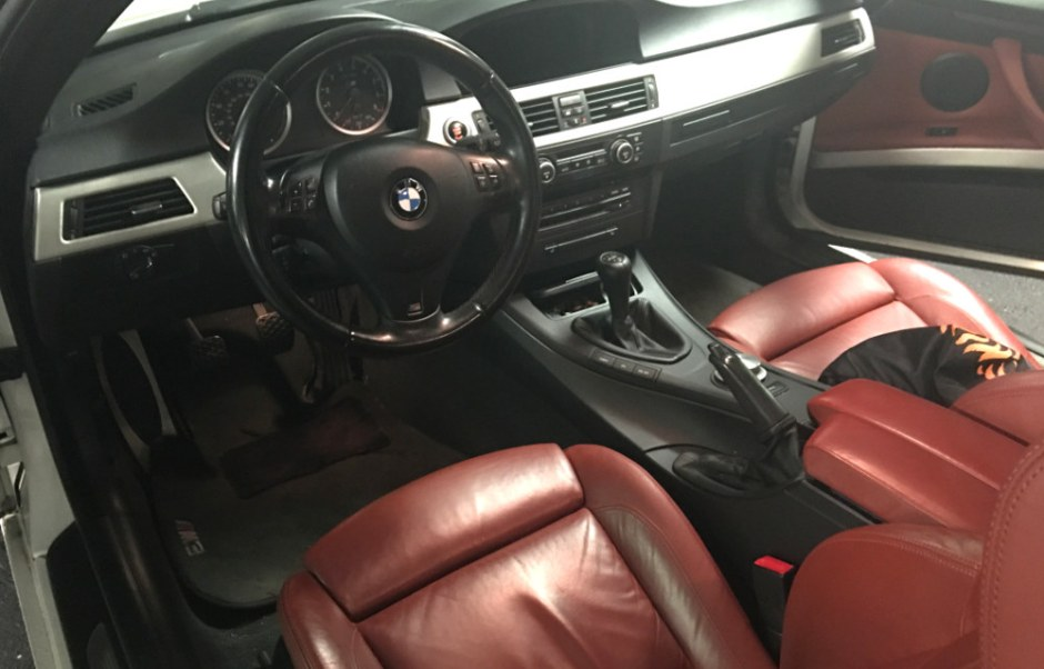 Fox Red interior of 2008 BMW M3