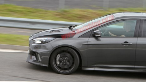 Ford Focus RS500 Spy Shot by CarPix