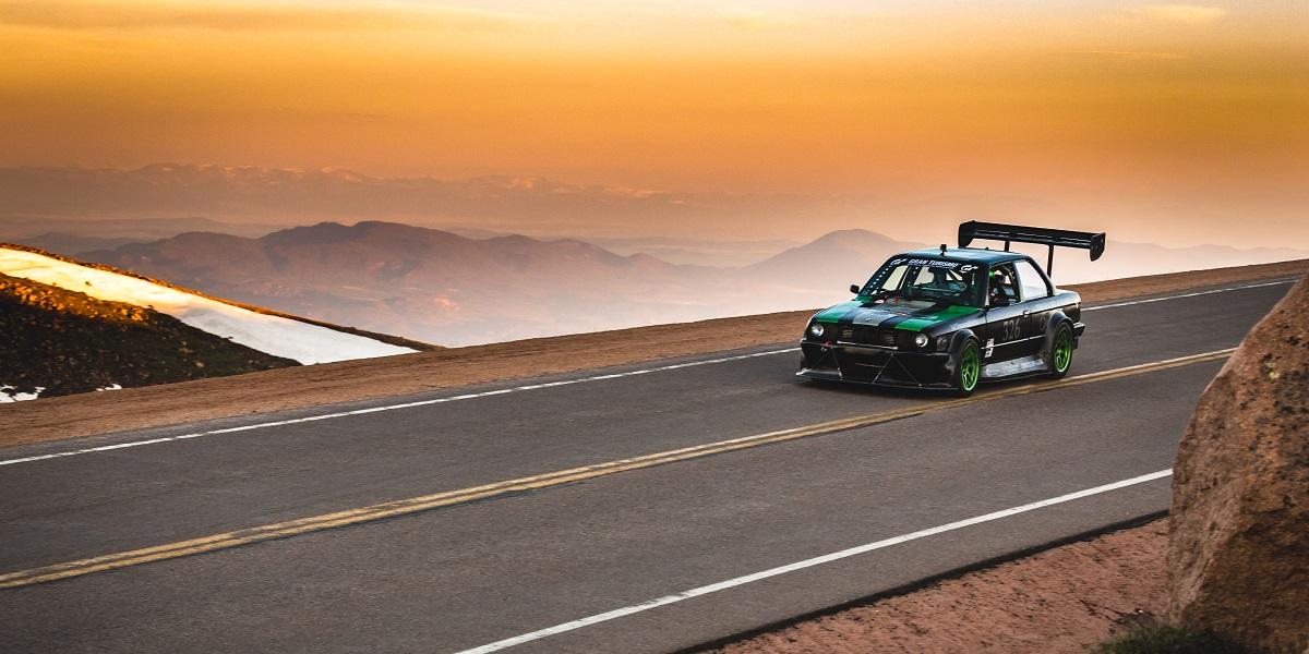 Pike's Peak E30 BMW