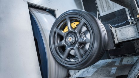 Porsche Braided Carbon Fiber Wheels