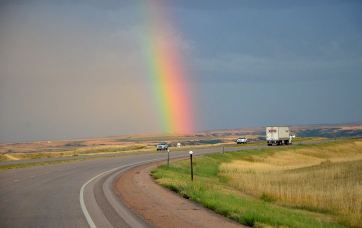 Why I love the solo road trip. Solo Road Tripping is not lonely, depressing, or dangerous. It's empowering, freeing, and fun.