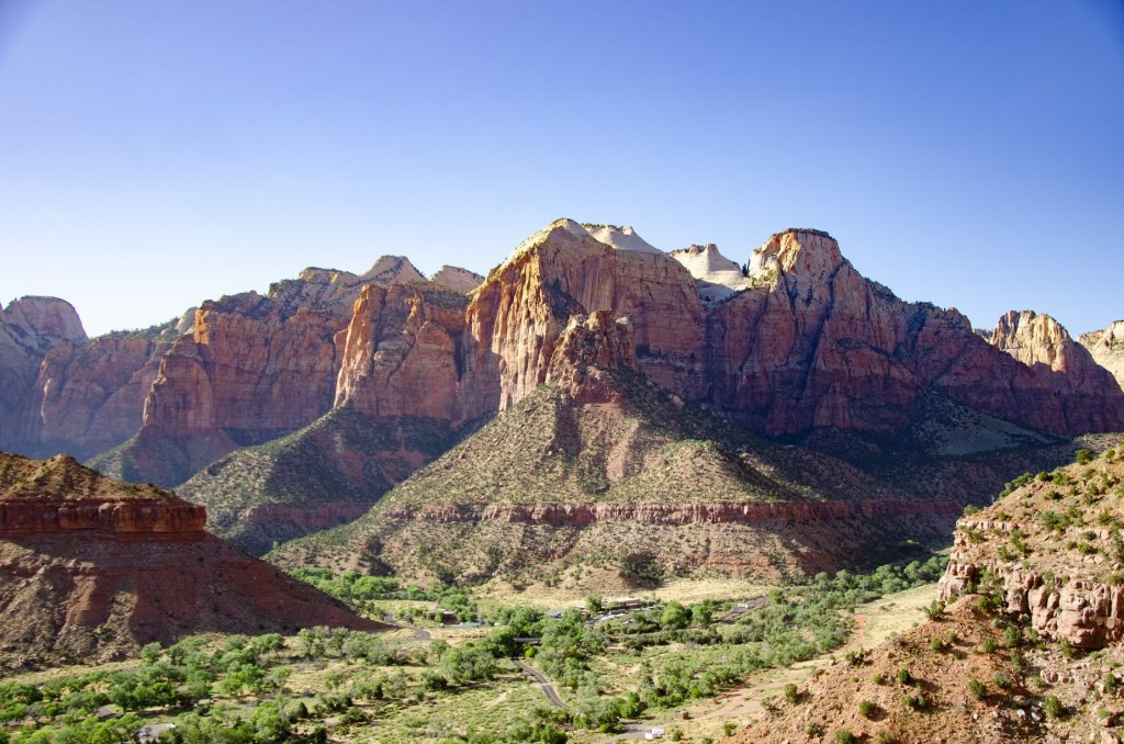 The Watchman Trail at Zion National Park, a great short day hike to get views of the valley