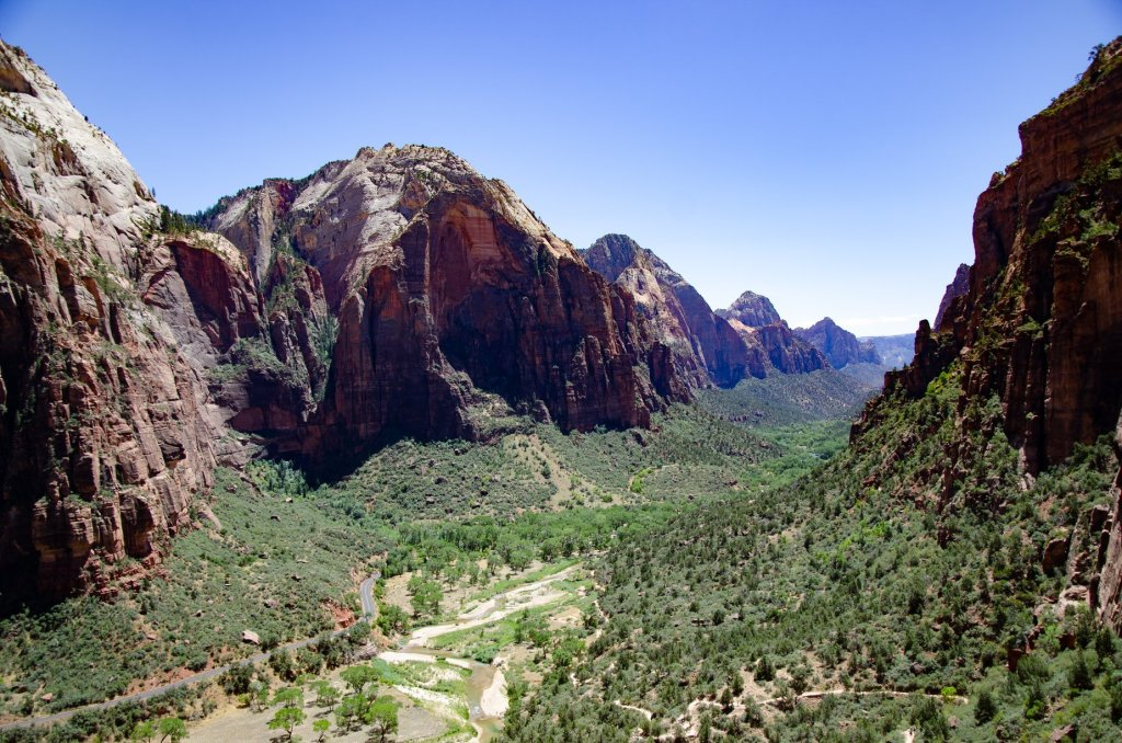 Zion National Park is a wonderful park with amazing scenery