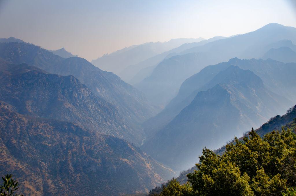 smoke is shown at kings canyon national park