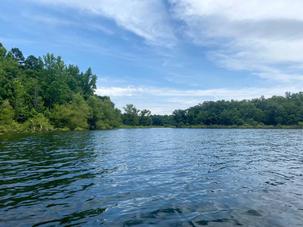 the shoreline is shown