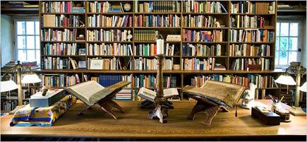alberto manguel's library
