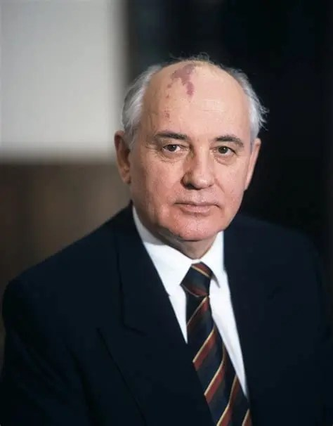 Knight of the 20th Century. Andrei Kovalev on the 90th birthday of Mikhail Gorbachev