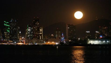 Full Moon Rising over San Diego