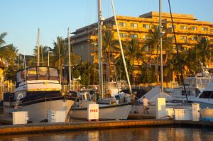 Kandu berthed at Paradise Village Marina in Nueva Vallarta (photo by Eric)