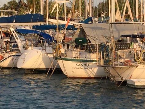 Med-moored or Tahiti tied together like sardines