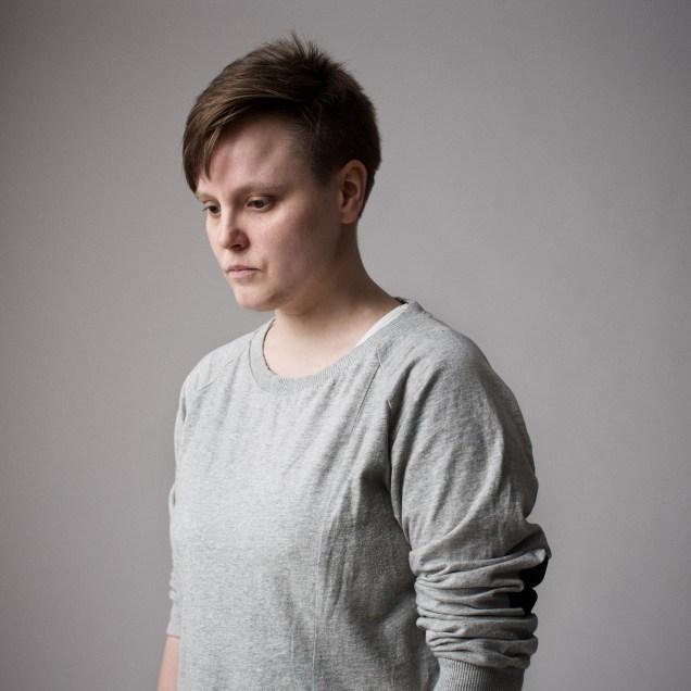 Henkilökuva, portrait of a woman