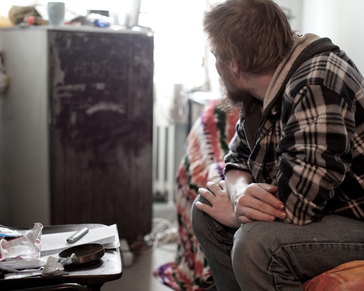 Pelastusarmeijan asuntola Rälläkkä, Jani huoneessaan.