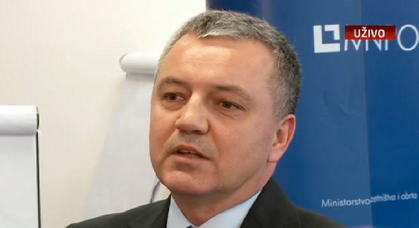 Horvat smatra da će i 3.maj u kontinuitetu otići u stečaj