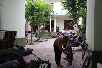 ...Treffpunkt von Bikern und Globetrottern