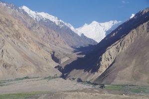 Blick auf die Gipfel des Hindukusch...