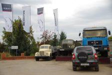 Die Einfahrt zur MAN-Werkstatt in Irkutsk
