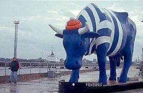Matrosenkuh an der Südmole in Ventspils
