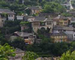 0250_Gjirokastra_Albanien 2010