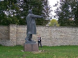 Wohl letzte öffentliche Statue von Lenin