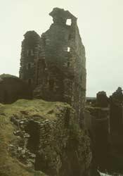 14-Girnigoe_u_Sinclair_Castle