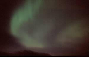 mit Nordlicht in der Nacht