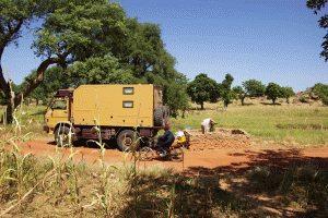 Kostenfreies Wasser kurz vor Bandiagara