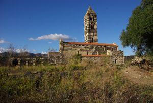 dem Weg zur Trinita di Saccargia...