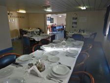 Dreimal am Tag, das Zentrum an Bord: Der Speiseraum