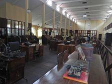 Das Großraumbüro der Verwaltung, ...