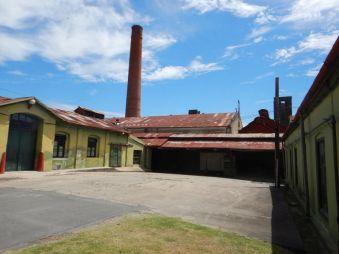 Der Innenhof mit dem Laborkomplex