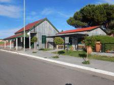 An der Strecke Puerto Madryn, Trelow, Gaiman nach Alto de las Plumas der Bahnhof in Dolavon.