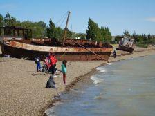 Argentinische Leidenschaften: Angeln und Strandvergnügen in Puerto Santa Cruz.