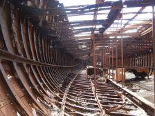 Die Sparren und Spanten im Schiffsinneren...